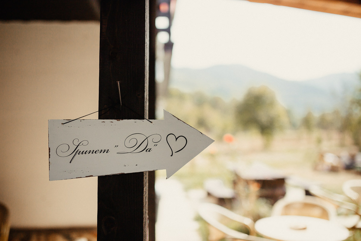 destination_wedding_photographer_fagaras_civil_marriage_003